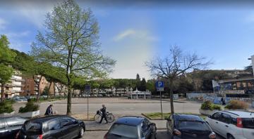 Uno scorcio di piazza Togliatti